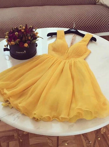 Chic A-line Yellow V-neck Short Homecoming Dresses Graduation Dress OM547