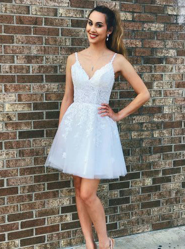 Elegant Straps Tulle White Short Homecoming Dress with Lace OM556