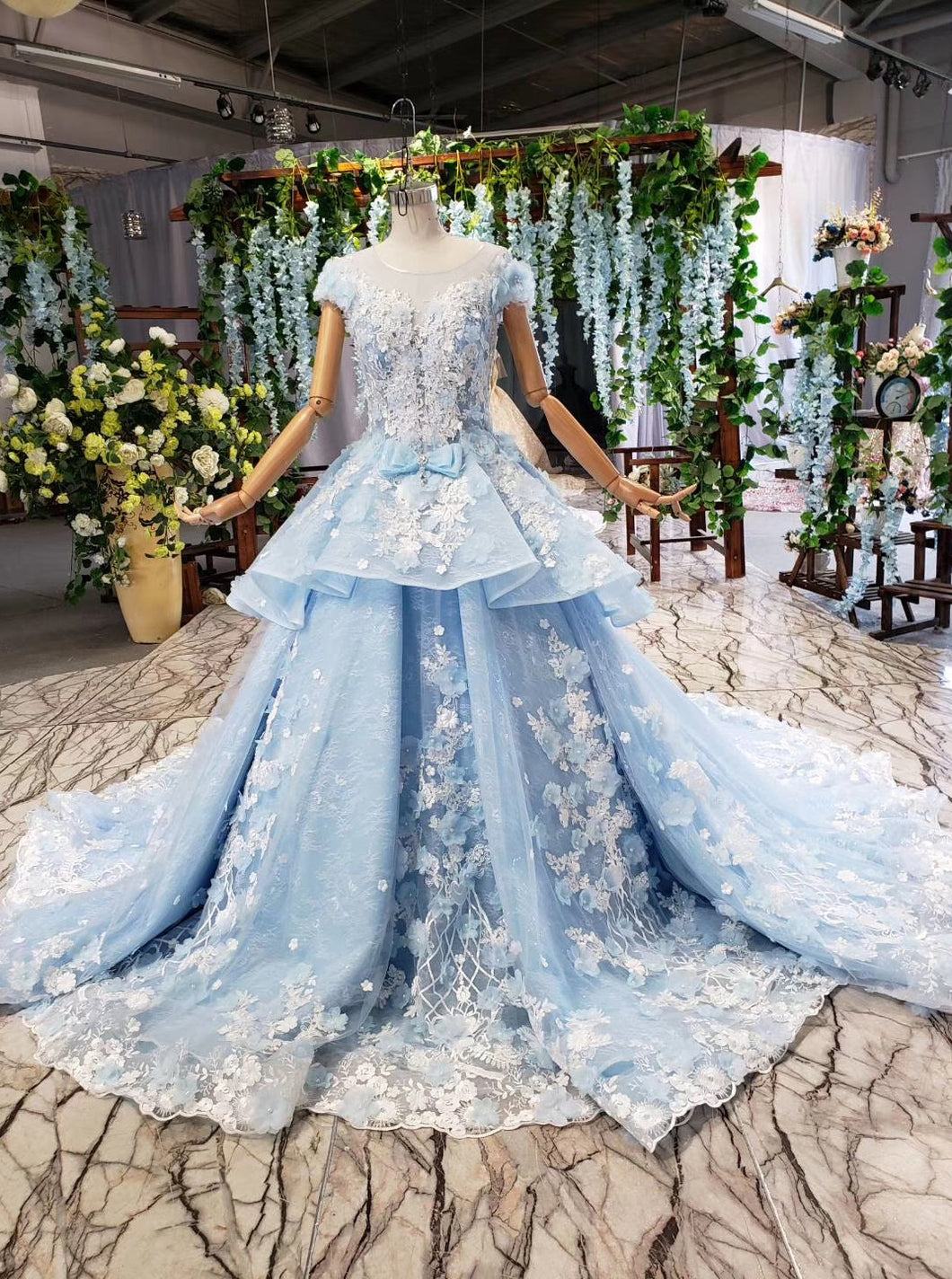 Sky Blue Quinceanera Dresses Ball Gown Vintage Wedding Dress With Appliques Beading PO030