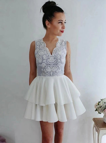 V-neck Short Cocktail Dresses Appliques Homecoming Dress With Layers OM509