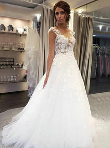Delicate Boho Wedding Dresses Sheer Round Neck Tulle Bridal Gowns OW537