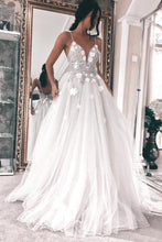 Gorgeous Spaghetti Wedding Dress Tulle Long Bridal Dresses with 3D Appliques OW472