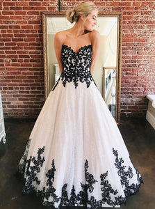 Sweetheart Black Lace Appliques Tulle Long Prom Wedding Dresses PO126