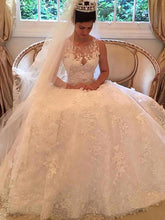 Gorgeous A-Line Scoop Lace Wedding Dresses With Applique OW268