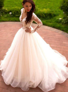 Ball Gown Long Sleeve Sheer Round Tulle Wedding Dress With Appliqued OW565