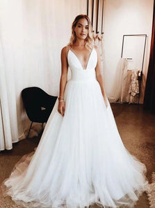 Elegant White Plunge Neckline Tulle Simple Wedding Dresses OW618