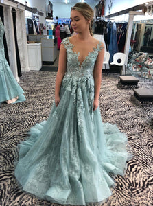 Illusion Neckine Prom Dresses Lace Appliques Formal Dresses Long Evening Gowns PO384