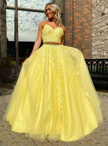 A Line V Neck 2 Pieces Daffodil Tulle Prom Dresses With Lace Appliques PO100