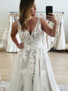 A Line V-neck Lace Appliques Tulle Plus Size Wedding Dresses OW645