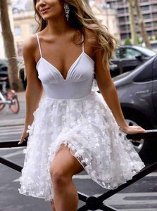 Spaghetti-straps V-neck White Short Prom Homecoming Dress With Appliques OM388
