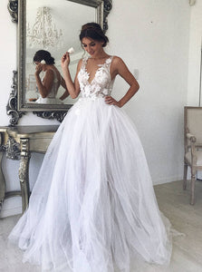 A-line V-neck Boho Wedding Dresses White Tulle Beach Bridal Gown OW674