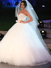 Sweetheart Sleeveless Tulle Ball Gown Floor-Length Wedding Gowns With Bowknot OW108