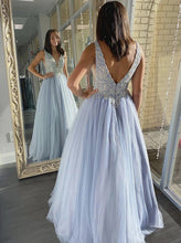 A-line V-neck Tulle Lace Appliques Long Prom Dresses Formal Dress PO418