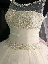 Luxurious Sleeveless Scoop Pearl Beading Tulle Ball Gown Wedding Dresses OW181