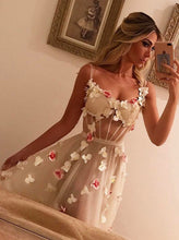 Beautiful A-Line Spaghetti Straps Tulle Handmade Flowers Prom Dress OP252