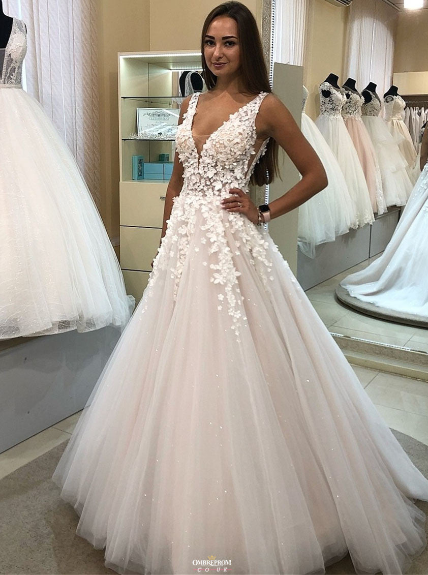 Charming A-Line V-Neck Appliqued Ball Gown Tulle Wedding Dress OW374