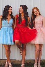 Chic A-line Tulle Applique Short Prom Dress V-back Homecoming Party Dress OM137