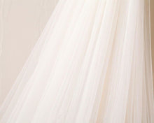 Cathedral Train Long Wedding Veil 3M Lace Applique Edge OV1