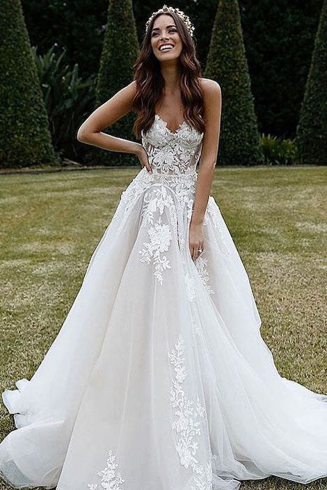 Sweetheart Tulle A Line Appliques Wedding Dresses with Lace,Beach Wedding Gown W705