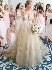 A-line Deep V-Neck Tulle Wedding Dress with Lace Appliques Top OW420