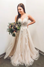 Princess V-neck Appliques Plus Size Wedding Gown OW418