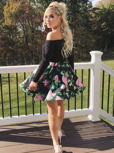 Off-Shoulder Black Short Prom Dresses Floral Print Two Piece Homecoming Gown OM211