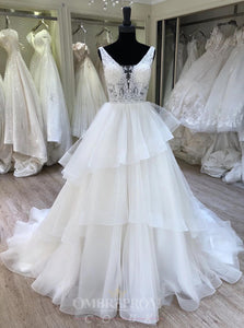 A-Line V-neck Layered Bridal Gown Lace Appliques Wedding Dress OW468