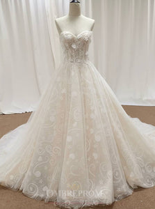 A-Line Sweetheart Appliques Elegant Wedding Dress OW467