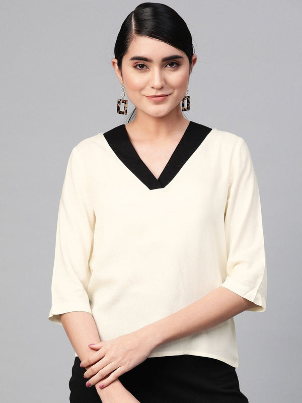 Off-White Top with Black Neckline - RUNWAYIN