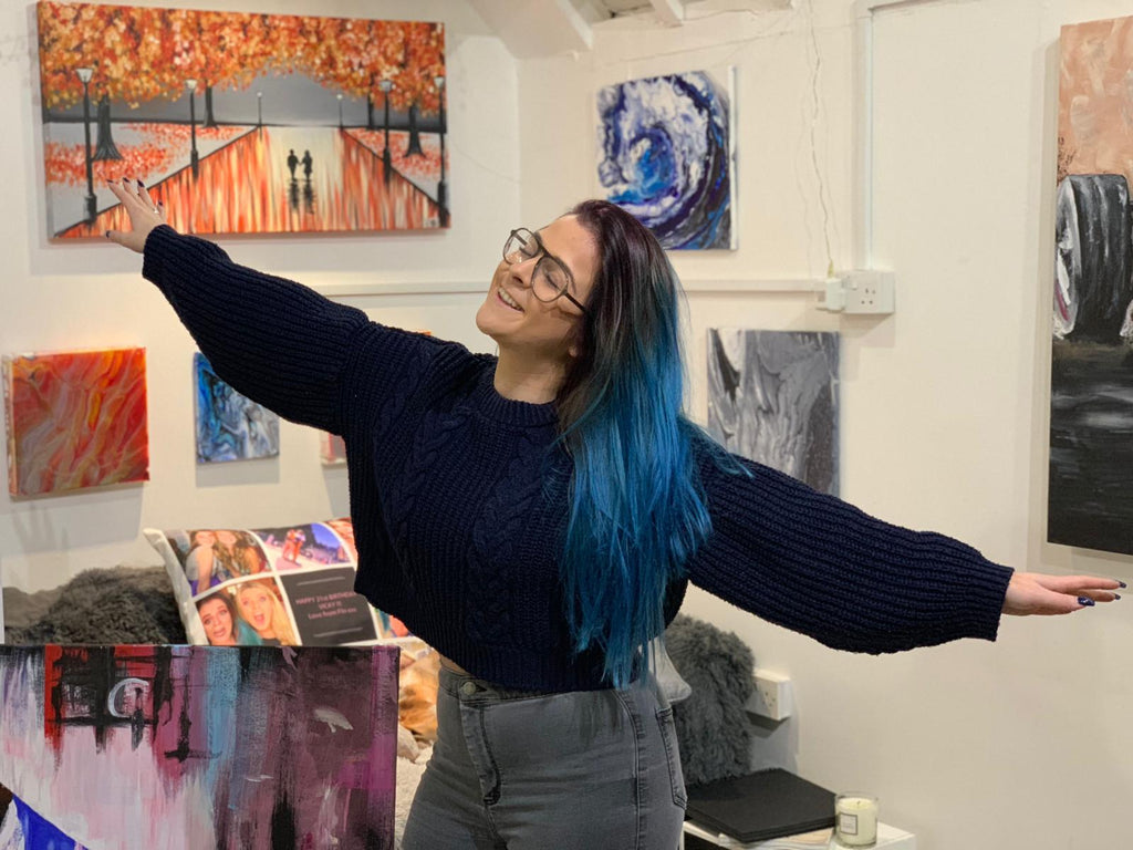 I opened an art studio!