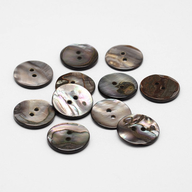 Black Shell Buttons - 17mm (5/8 inch) - 2 Hole - Flat Natural Shell Buttons (P012