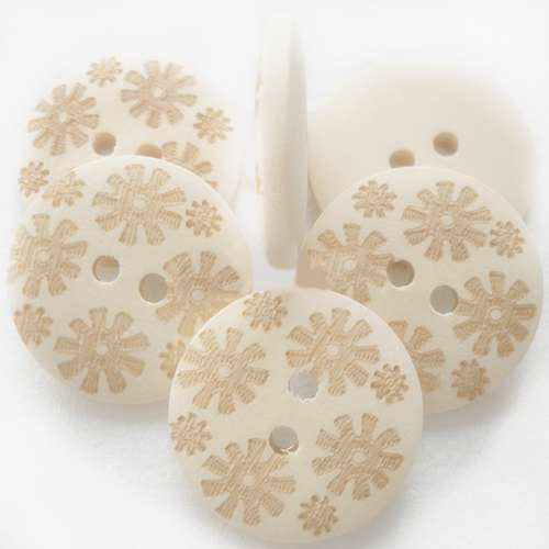Natural Wooden Buttons - Flower Pattern - 20mm (3/4 inch)  - 2 Hole