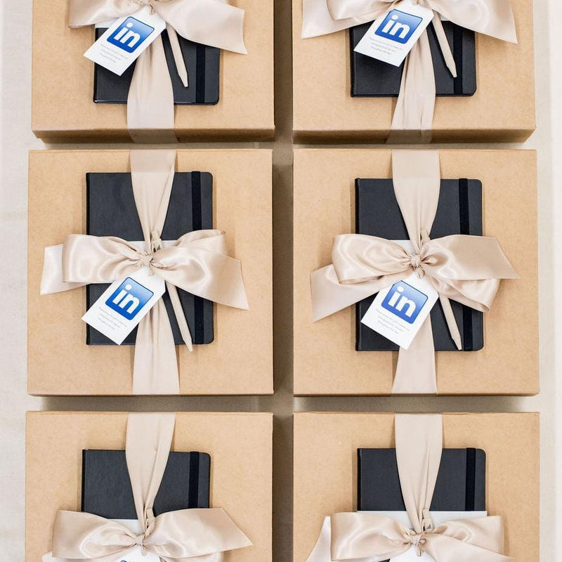 Luxury Corporate Event Gifts for LinkedIn's CEO Leadership Conference with Eco-Friendly Contents