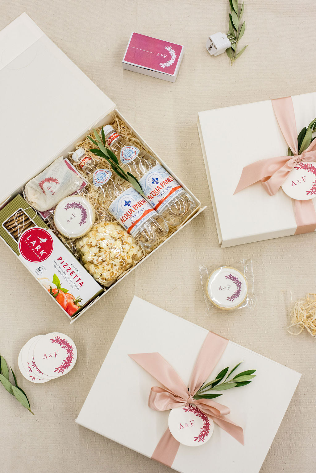 lake como italy wedding welcome gifts
