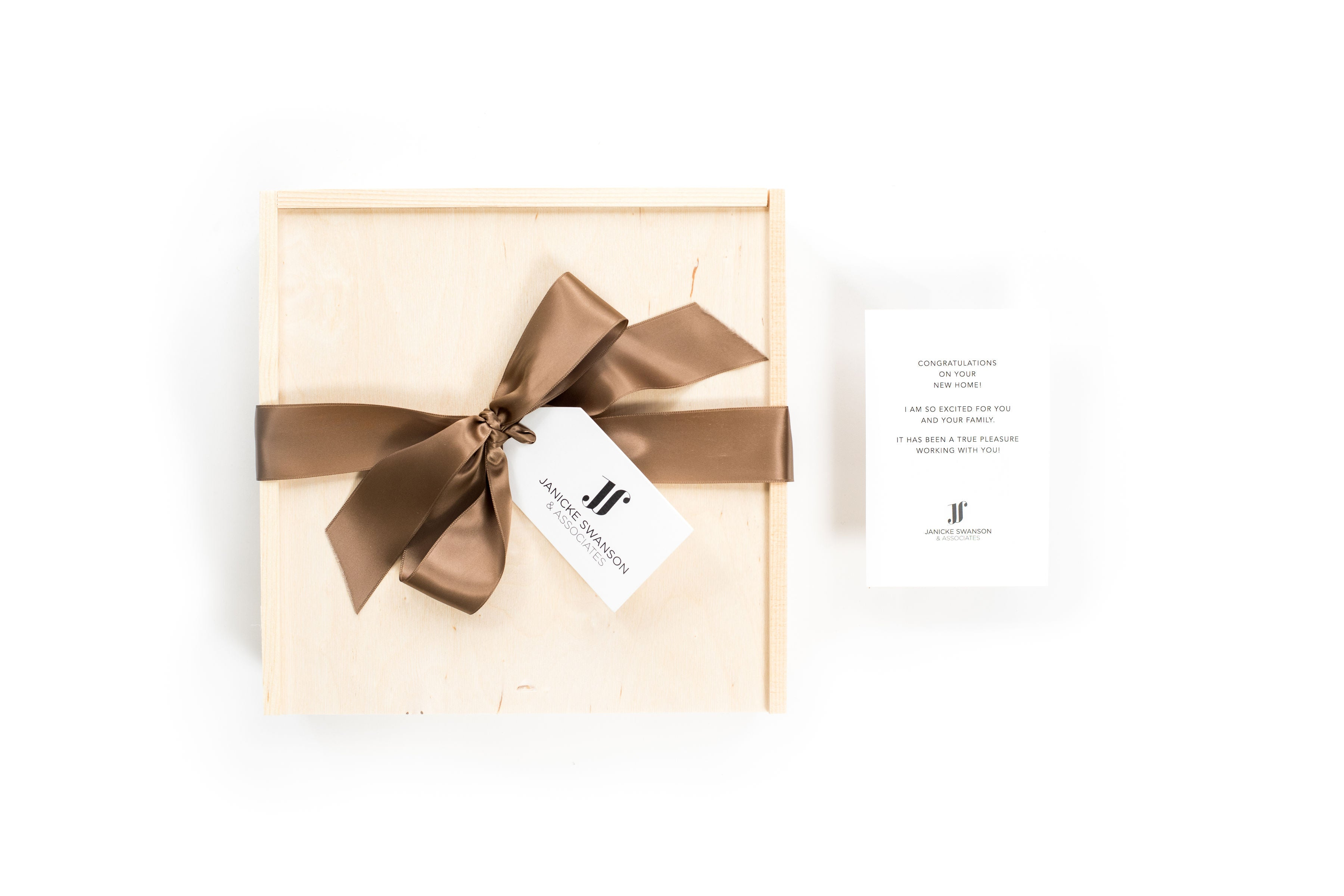 branded curated client gift boxes