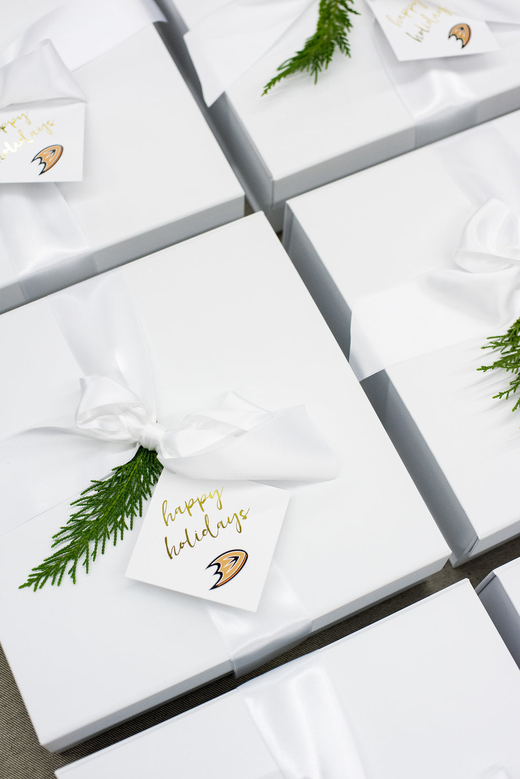 Luxury corporate holiday gifts
