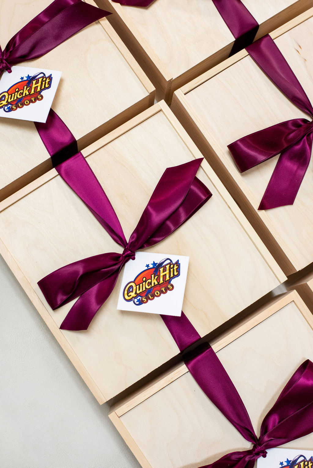luxury-corporate-holiday-gift-boxes