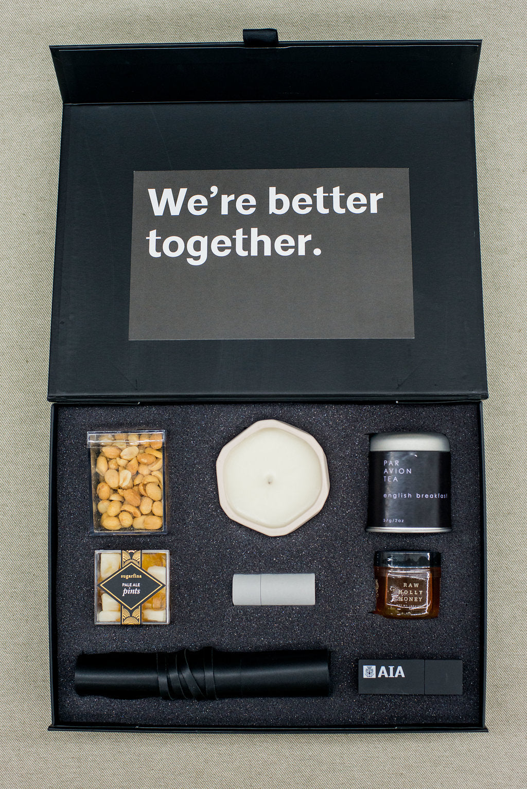 Best-curated-gift-box-business-client-gifting