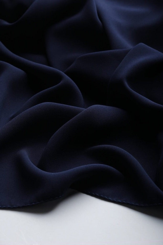 Medina Hijab in Darkblue