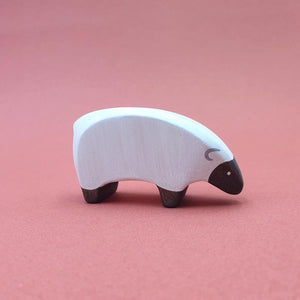 Brin d'Ours handmade in France wooden Eating Sheep