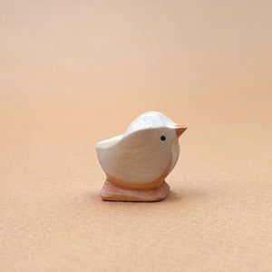 Brin d'Ours handcrafted little sitting wooden Chicks