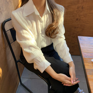 [Korean Style] Lolie Loose Fit Solid Color Wrinkled Blouse