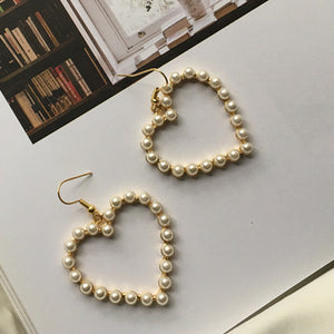 [Korean Style] Heart Shaped Pearl Dangling Earring