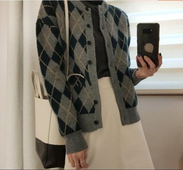 [Korean Style] Lorry Round neck Pattern Knit Cardigan