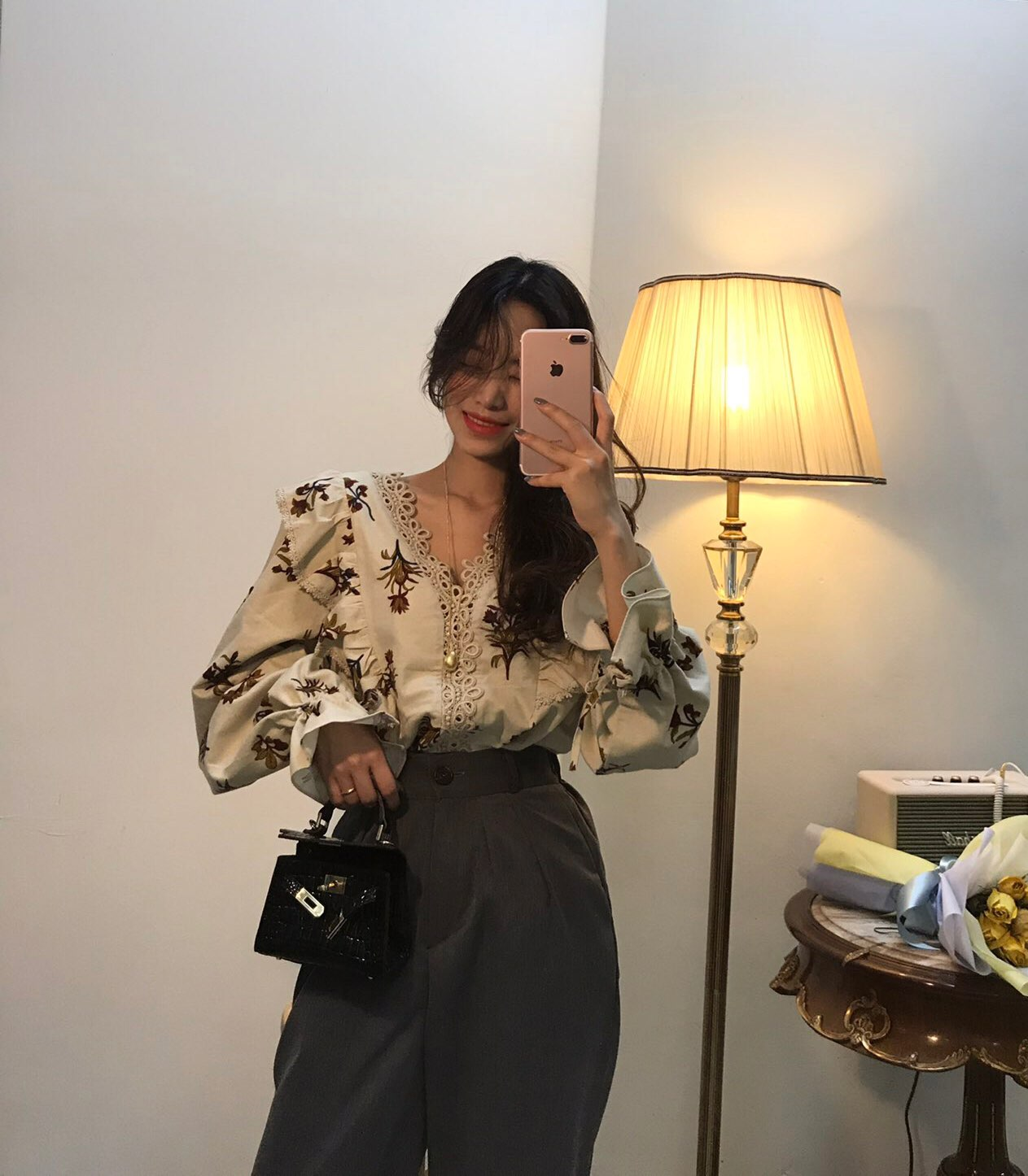 [Korean Style] Helly Floral Prints Shirt with Lantern Sleeves