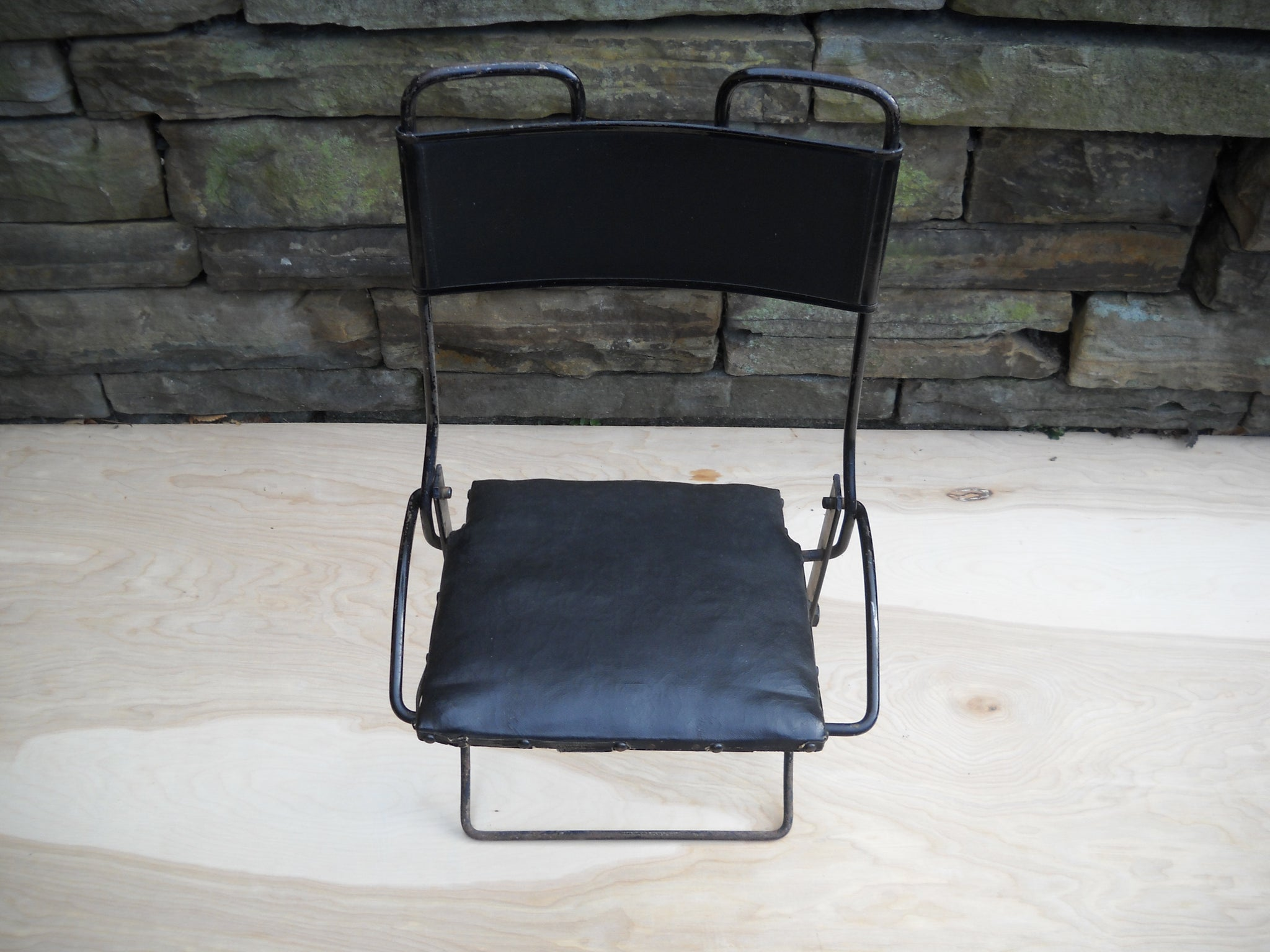 Buffington Folding Auto Chair