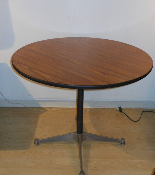 Herman Miller Office Chairs and Table