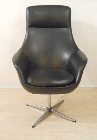 Kanan Mobler Danish Swivel Chair