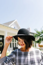 Load image into Gallery viewer, Floppy Felt Hat In Black