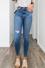 Load image into Gallery viewer, Springtime High Rise Skinny Jeans
